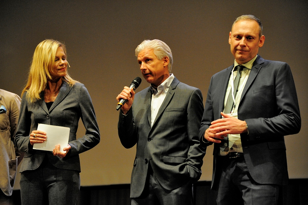 Volker Geyer & Thomas Issler mit Nina Ruge auf dem IMT 2015